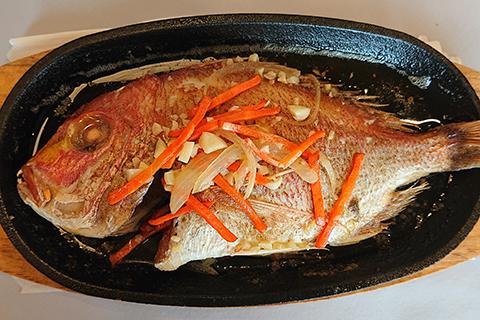 鮮魚のバター焼き